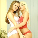 Cute teen chick shows all in this teasing movie