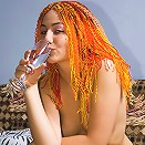 Dreadlock hottie gives a test drive to her pink dildo